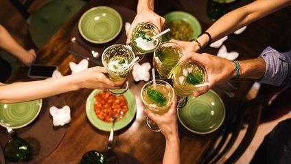 Кожен алкогольний напій впливає на нас по-різному - фото 1