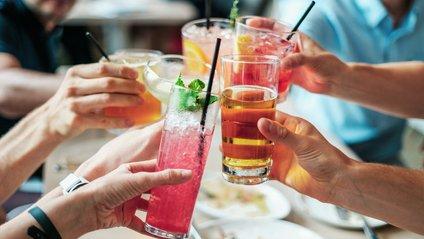 Який напій корисно пити влітку - фото 1