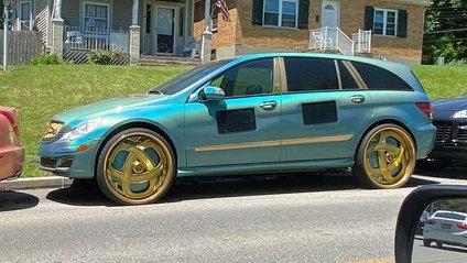 Mercedes - фото 1