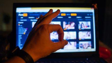 Найпопулярніші категорії на Pornhub - фото 1