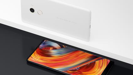 Xiaomi Mi Mix 2 у керамічній версії припав до душі главі компанії - фото 1