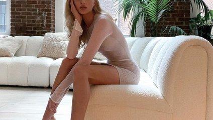 Ельза Хоск без одягу - фото 1