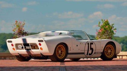Усього було випущено 5 таких Ford GT - фото 1