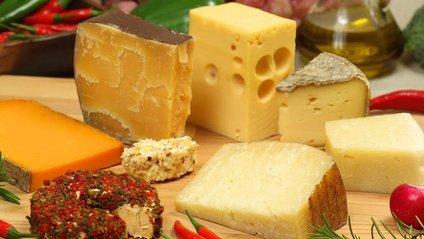 Експерт розповіла, на що звернути увагу при виборі твердого сиру - фото 1