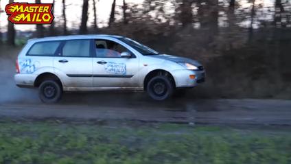 Як поїде автомобіль, якщо його повністю позбавити підвіски: божевільний експеримент - фото 1