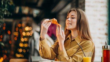 Які люди частіше стикаються з переїданням і зайвою вагою - фото 1