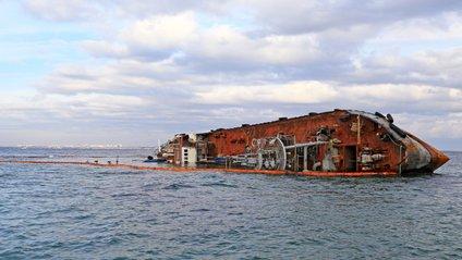 Танкер Delfi в Одесі - фото 1
