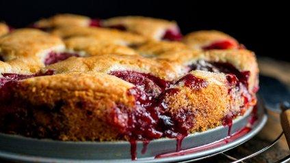 Рецепт сливового пирога - фото 1