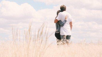 Як романтичні зв'язки позначаються на щасті людей - фото 1