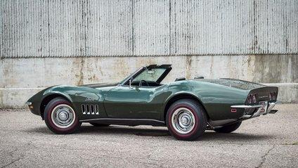 Chevrolet Corvette зберігся в ідеальному стані - фото 1