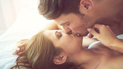 Сексологи рекомендують кохатися двічі на тиждень - фото 1
