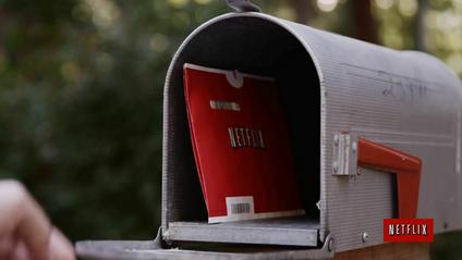 Скільки людей по цей час орендують DVD-диски у Netflix: шокуючі цифри - фото 1