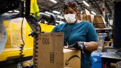 Роботизація не полегшила життя співробітникам Amazon - фото 1