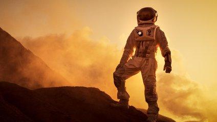 Ілон Маск придумав, як буде виглядати прапор першої колонії на Марсі - фото 1