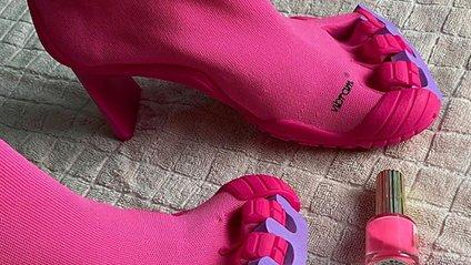 Взуття від Balenciaga - фото 1