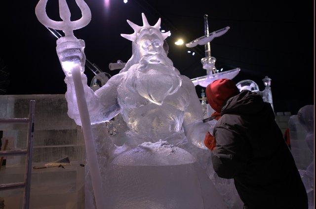 У Брюгге відкрилася виставка льодяних скульптур: яскраві фото - фото 291232