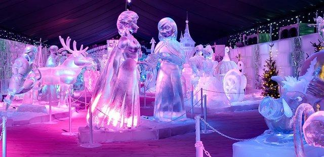 У Брюгге відкрилася виставка льодяних скульптур: яскраві фото - фото 291234