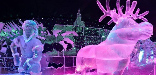 У Брюгге відкрилася виставка льодяних скульптур: яскраві фото - фото 291235