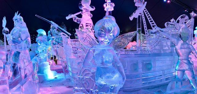 У Брюгге відкрилася виставка льодяних скульптур: яскраві фото - фото 291236