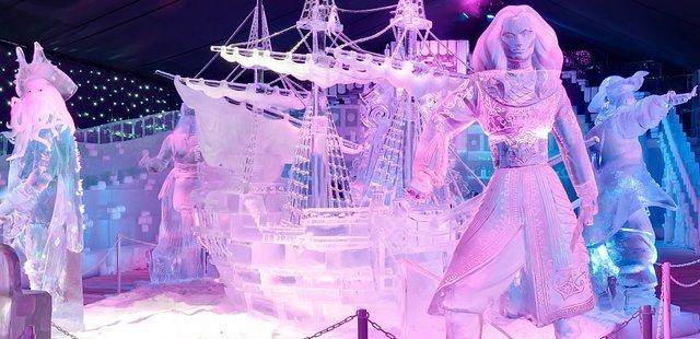 У Брюгге відкрилася виставка льодяних скульптур: яскраві фото - фото 291238
