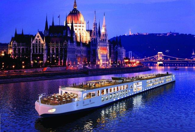 Нічний круїз по Дунаю - фото 291699