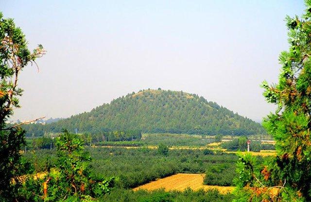 Китайські піраміди - фото 292345