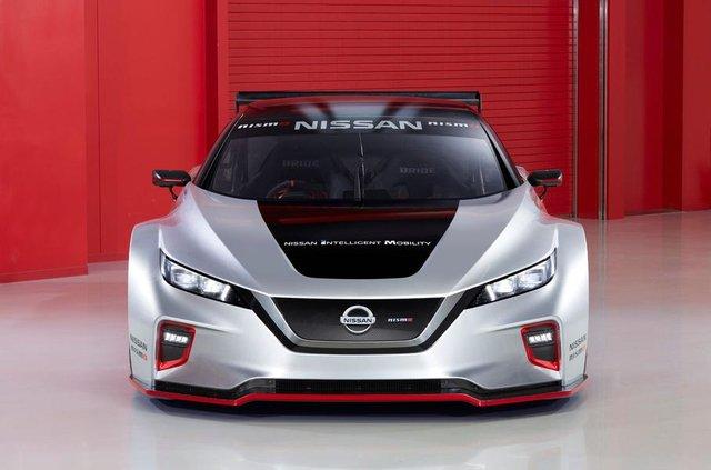 Nissan Leaf другого покоління перетворили на гоночний електрокар - фото 292426