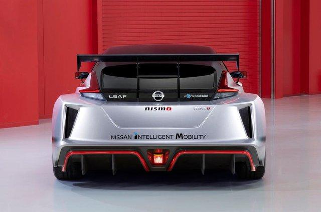 Nissan Leaf другого покоління перетворили на гоночний електрокар - фото 292427