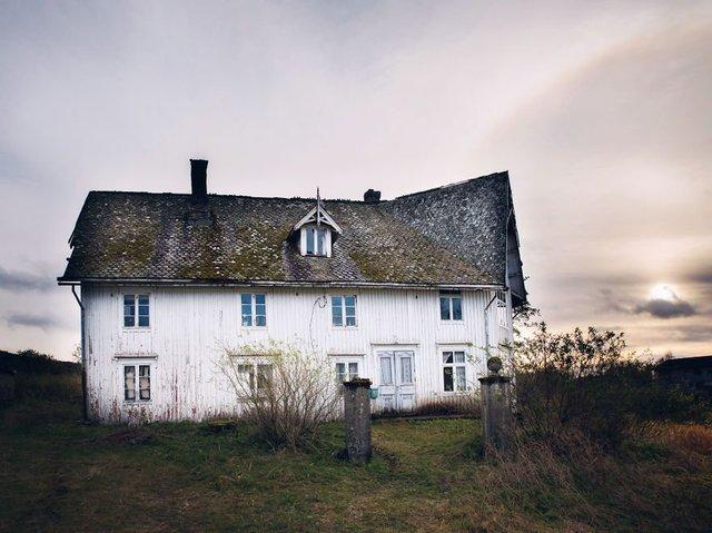 Фотограф показала занедбані помешкання Скандинавії: ефектні кадри - фото 292542
