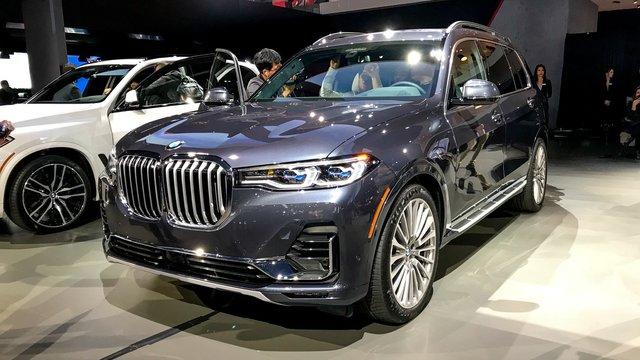 Новий BMW X7 виявився просто величезним  - фото 292692