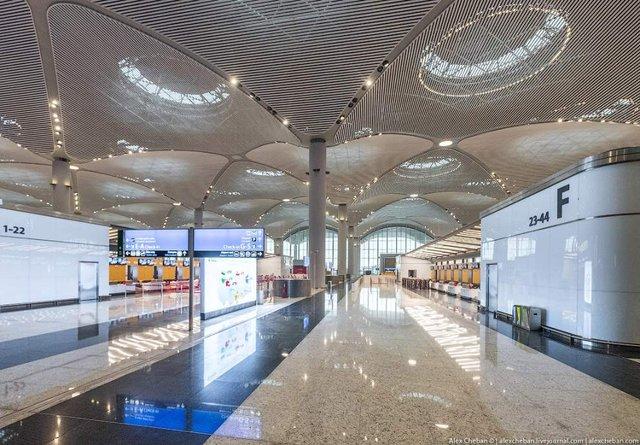 Так виглядає найбільший аеропорт в світі - фото 292770