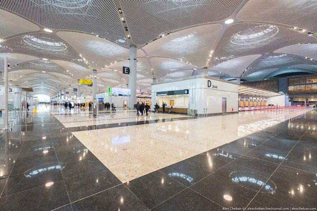 Так виглядає найбільший аеропорт в світі - фото 292777
