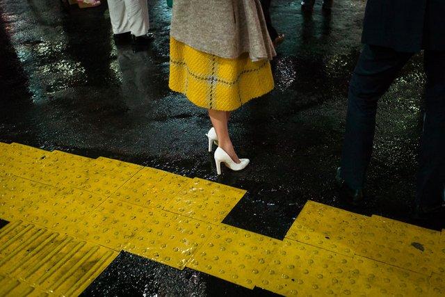 Незвичайні моменти щоденного життя в Японії: яскраві фото - фото 292819