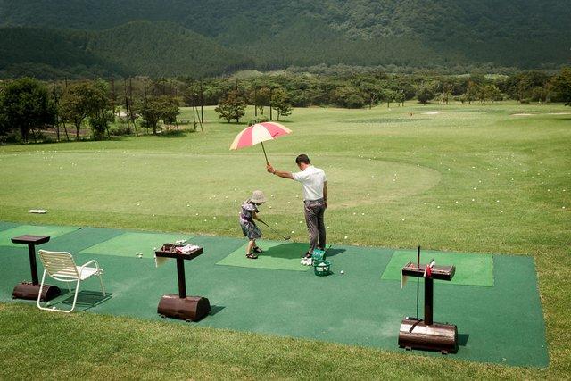 Незвичайні моменти щоденного життя в Японії: яскраві фото - фото 292820