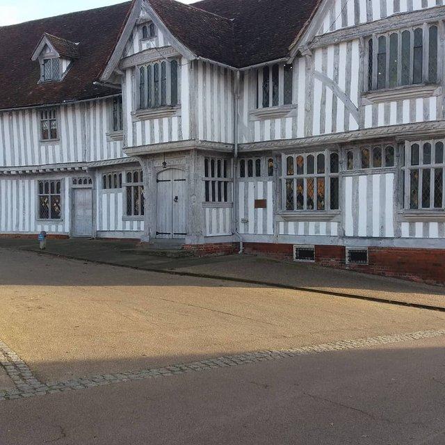 Перфекціоністи б плакали: як виглядає криве селище в Англії - фото 292950