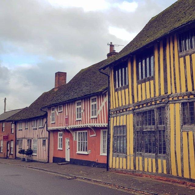 Перфекціоністи б плакали: як виглядає криве селище в Англії - фото 292955