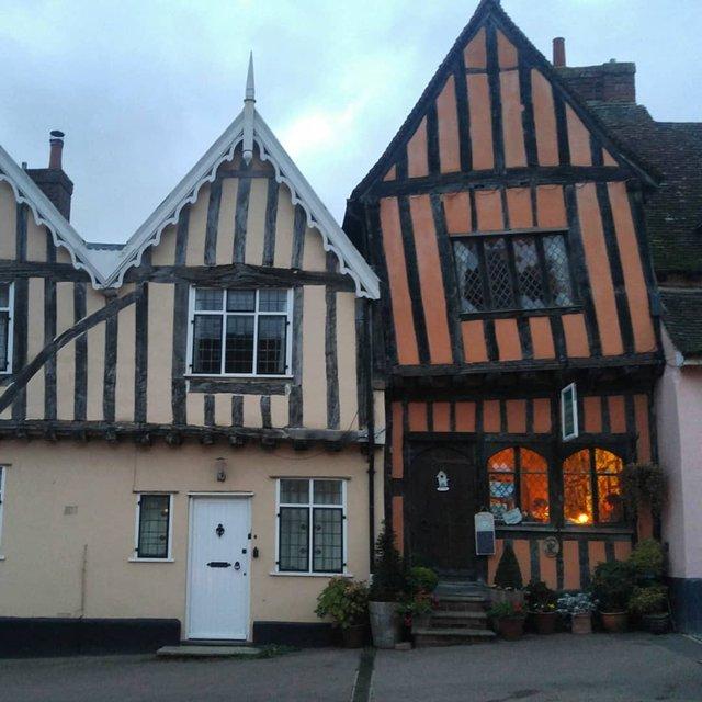 Перфекціоністи б плакали: як виглядає криве селище в Англії - фото 292959