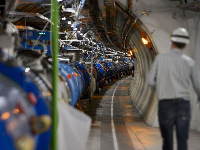 Великий адронний колайдер зупинили на два роки - фото 293249