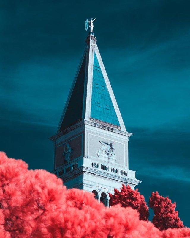 Італієць показує світ у нетипових кольорах: вражаючі фото - фото 293445