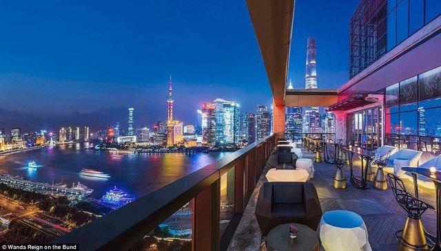 На оздоблення цього готелю витратили понад 500 мільйонів доларів - фото 293555