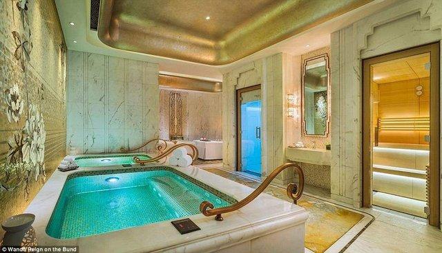 На оздоблення цього готелю витратили понад 500 мільйонів доларів - фото 293556