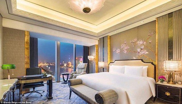 На оздоблення цього готелю витратили понад 500 мільйонів доларів - фото 293558