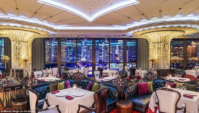 На оздоблення цього готелю витратили понад 500 мільйонів доларів - фото 293561