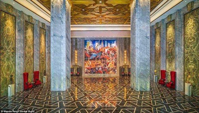 На оздоблення цього готелю витратили понад 500 мільйонів доларів - фото 293562