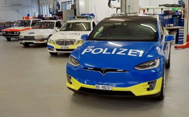 Поліція Швейцарії - фото 293926