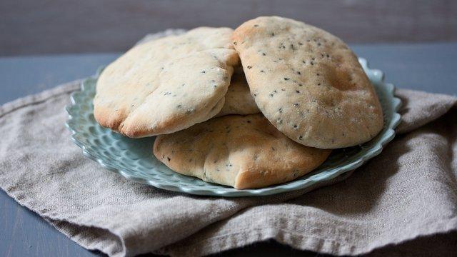 Скільки хліба треба їсти кожен день - фото 293979