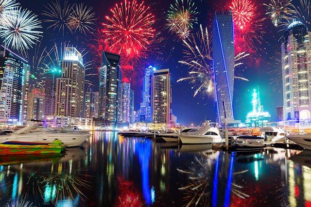 Новий рік в ОАЕ  - фото 294045