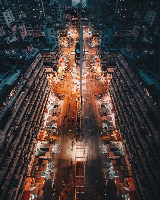 Гонконг у яскравих вуличних фото Дональда Чана - фото 294095