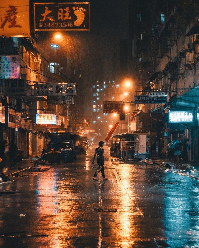 Гонконг у яскравих вуличних фото Дональда Чана - фото 294101