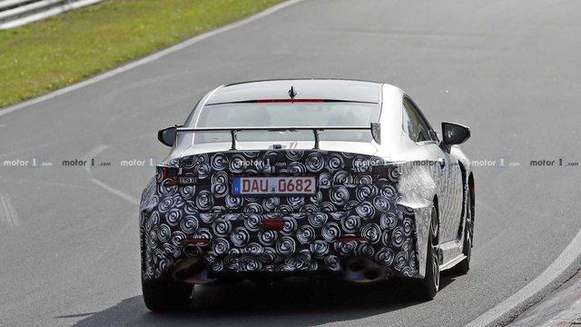 Стало відомо, коли Lexus покаже свій екстремальний RC F Track Edition - фото 294240